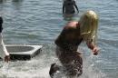 Badewannenrennen-Wasserburg-seechat-de-050708IMG_5790.JPG