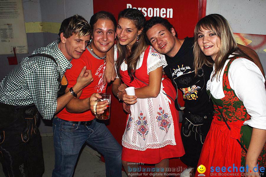 Oktoberfest im Bunker: Volkertshausen am Bodensee, 01.10.2011