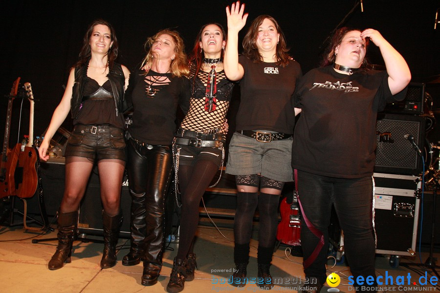 Halloween Party mit Black Thunder Ladies und Pink Tribute in Liggeringen am