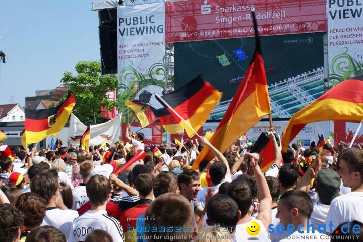 WM-2010: Deutschland-England (4:1): Stadthalle Singen, 27.06.2010